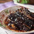 【レシピ・副菜・作り置き・動画】なすだけなのにご飯がモリモリ進む!なすの粒マスタード照り焼き