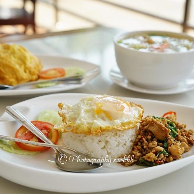 とってもお得だった!ホテル「Ruen Pruksa Resort」内レストラン@タイ・プラチュアップキリカーン/Reasonable Lunch at Ruen Pruksa Resort in Prachuap Khiri Khan, Thailand