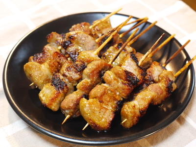 豚串 ~ ガラムマサラでエスニック風