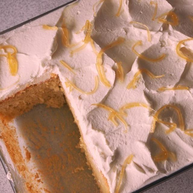 レモンとクリームチーズのシフォンケーキ