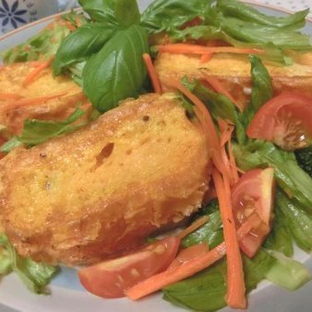 10分で朝ベジ☆ 野菜果物ジュースでフレンチトーストサラダ