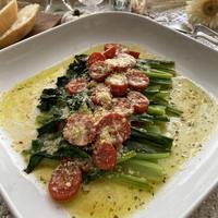 茎も葉っぱもたまらないおいしさ!イタリアンな小松菜