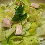 ツナとレタスのシンプルサラダ