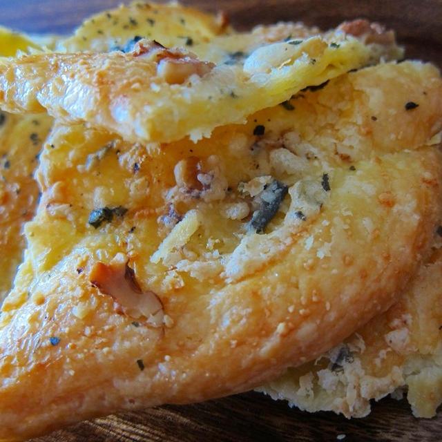 型いらず!チーズと胡桃のシートパイ