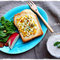 コーンマヨネーズパンで朝ごはん by おがわひろこさん