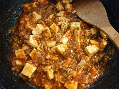 残ったカレーでリメイク♪カレー麻婆豆腐の献立