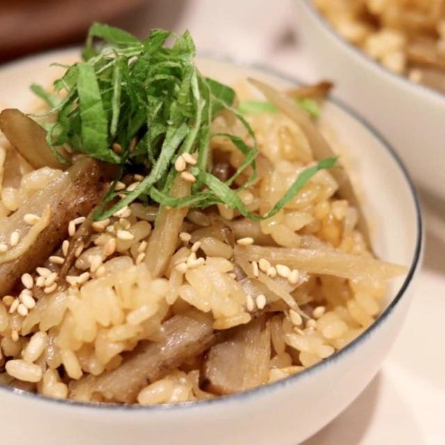 ほっかほか『ごぼうと舞茸の炊き込みご飯』#レシピ #おうちごはん
