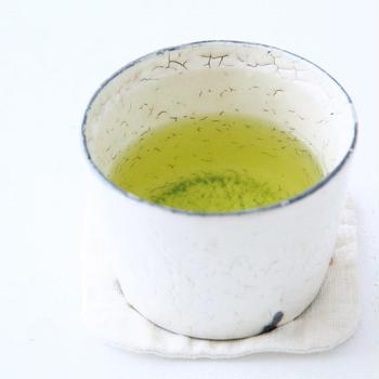 のめばのむほど魅力的な、日本茶