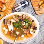 豚肉のエスニックスープ