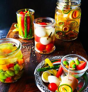 簡単お手軽可愛い夏野菜で4種のピクルスたち