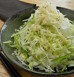 簡単!!千切りキャベツのシーザーサラダの作り方/レシピ