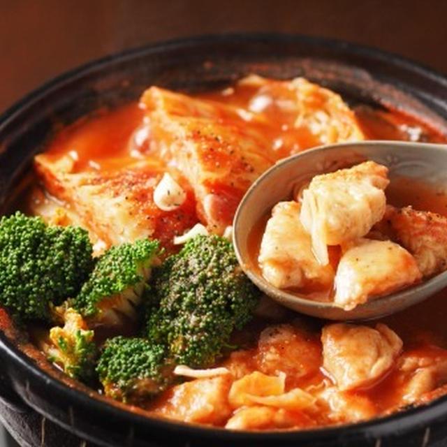 鶏むね肉とキャベツのトマト鍋 、 しっとり鶏むね肉レシピ