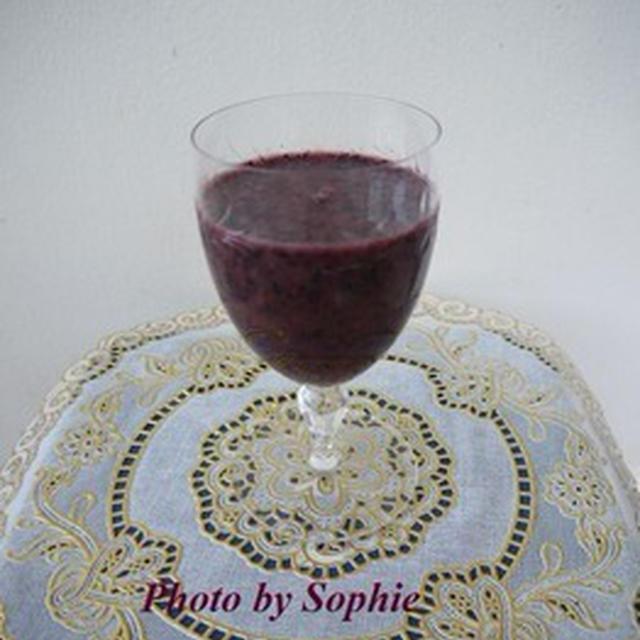 赤葡萄とブルーベリーのスムージーのレシピ