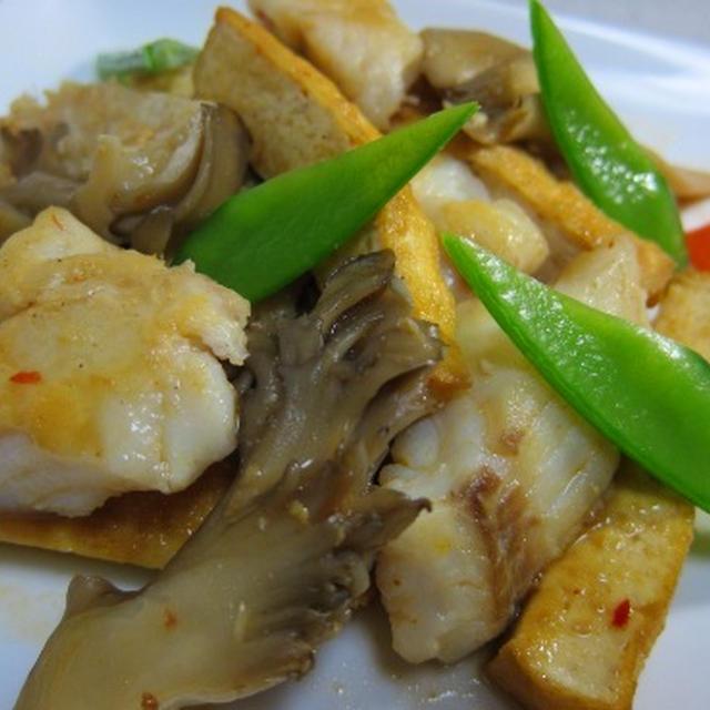 厚揚げと白身魚のピリ辛炒め