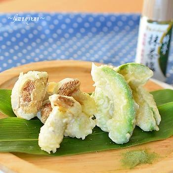ラクヨウきのことアボカドの天ぷら・抹茶塩で♪