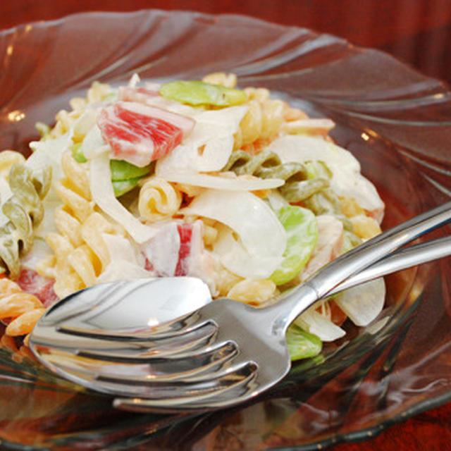パンチェッタと空豆のマカロニサラダ