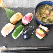 お漬物寿司。彩り鮮やかヘルシーでおもてなしにも。