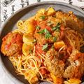 【パスタレシピ】ゴロゴロハンバーグと里芋のトマトソースパスタ