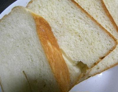 オリーブオイルと豆乳でイタリアンテイストな食パン