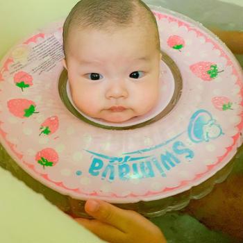 孫の入浴タイム♪…お寿司ワサビをつける派?つけない派?