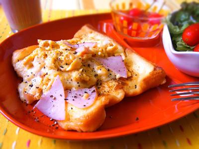 おかずフレンチトースト・ハムチーズのスクランブルエッグ添え☆