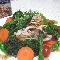 豚肉と春野菜のガーリックペッパーサラダ