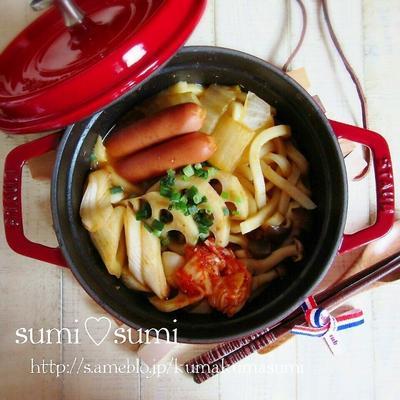 鍋部♥キムチ生姜の煮込みうどん♥staub来ました♥