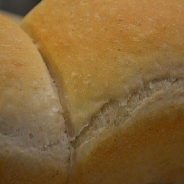 ドーンと全粒粉山食パン♪