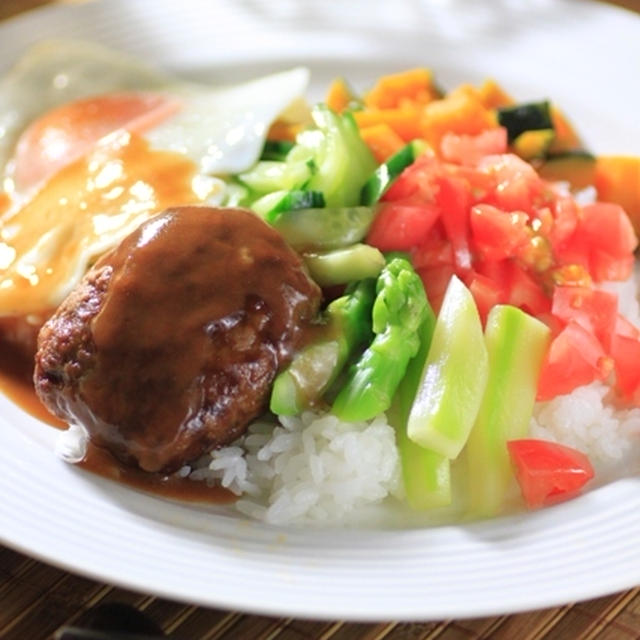 ウチのまかない料理で一番人気☆『ロコモコ』