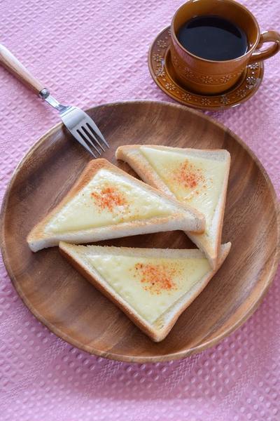 チーズトースト パプリカ風味