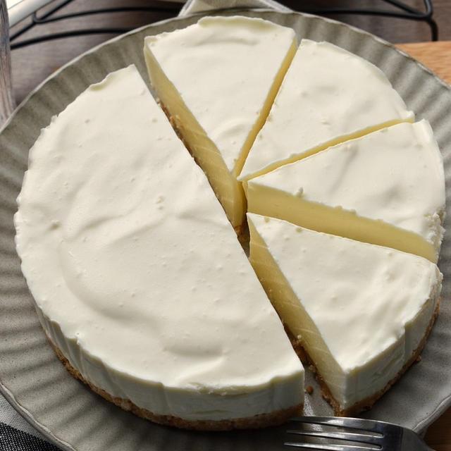 【火を使わないレシピ】♡ミキサーでガぁー♡絶品♡レアチーズケーキ♡レシピあり♡