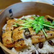 鰻おこわ・枝豆とワカメの和え物