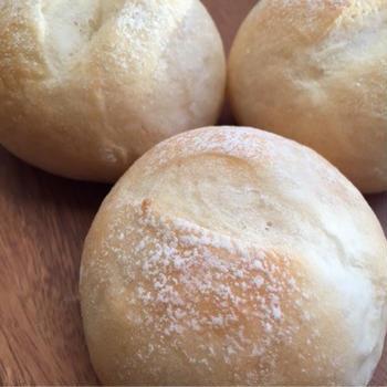 ノンオイルの酵母パン