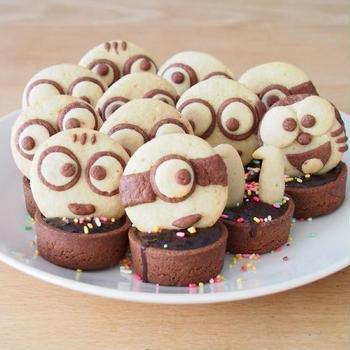 娘11歳の誕生日ケーキにミニオンのチョコタルトを作りました!