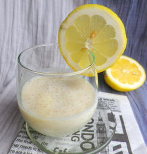 甘酒バナナシェイク