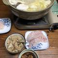 きのこご飯と水炊き。わかめ蕎麦