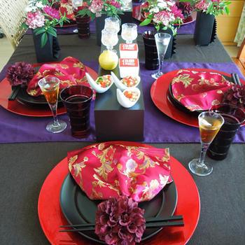 モダンチャイニーズの飲茶のテーブル