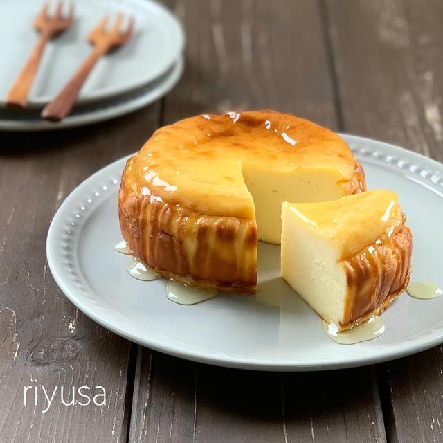 【王道おやつ】材料4つで蜂蜜のベイクドチーズケーキ