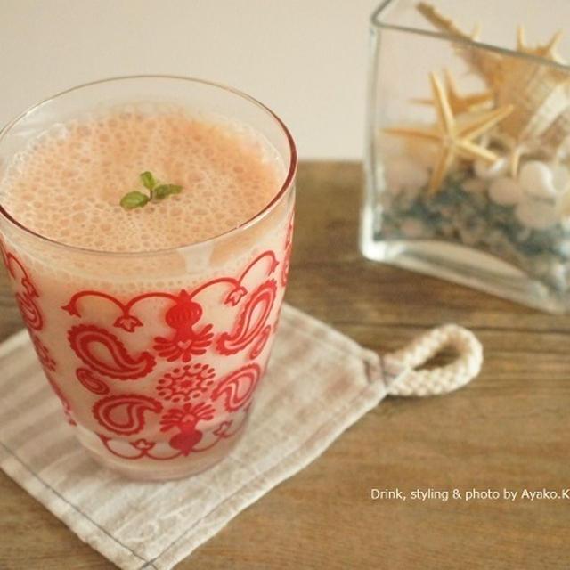 【掲載】夏のキレイを格上げ!スイカとトマトで作る赤の美肌スムージーレシピ@Cafegoogirl