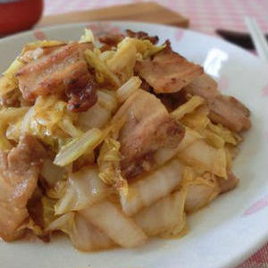 ごはんモリモリ!オイスターソースが決め手の「豚肉と白菜」レシピ