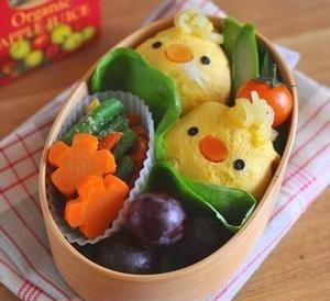 子どもが喜ぶこと必至!簡単「デコオムライス」でお弁当が華やかに!