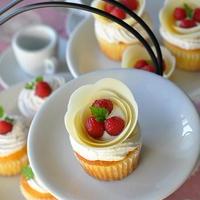 風船マジック♪チョコフラワーのカップケーキ(動画つき)