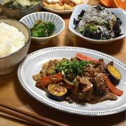 【レシピ】豚肉と根菜の甘酢炒め✳︎お弁当✳︎ご飯のおかず✳︎野菜たっぷりおかず…俺、忙しいんだから。