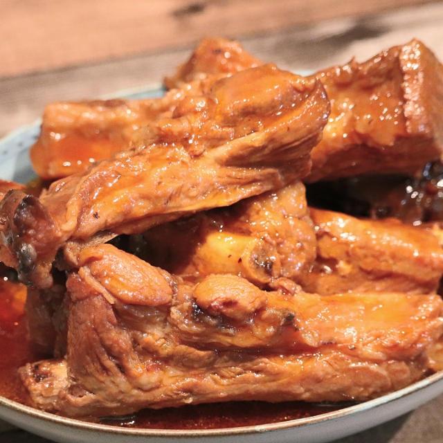 【炊飯器調理】ホロホロ♪めちゃめちゃ美味しい!スペアリブの旨煮