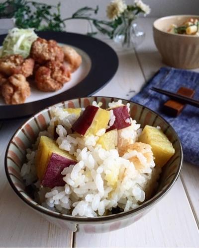 昆布だしで炊く甘〜いさつまいもご飯(o^^o) カゴが好き。