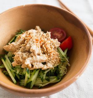 しっとり茹で鶏と、棒棒鶏風サラダ