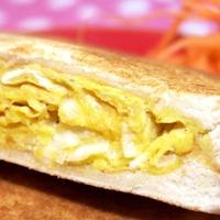 ホットサンドメーカーお手軽レシピ!「ネギ入り厚焼き卵のホットサンド」