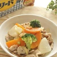 素材の旨み甘みがギュッと詰まってる~ニンニク風味!たっぷり野菜と豚肉の炒め煮