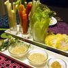 スパイシーディップで野菜スティック