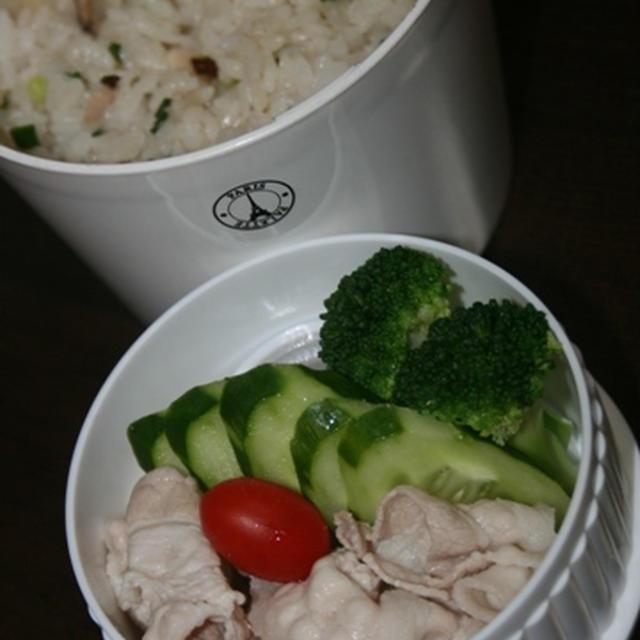 7月23日  炒飯&冷豚しゃぶランチ